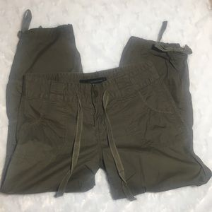 Calvin Klein olive green cropped cargo pants sz 4
